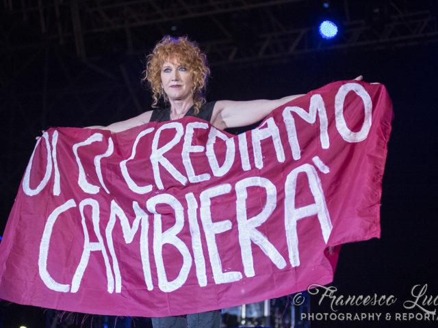 Emozioni e divertimento con Fiorella Mannoia alla Summer Arena di Soverato