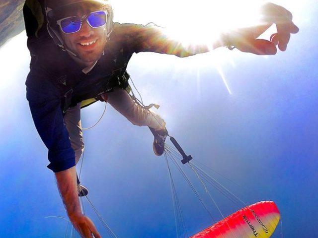 Riuscire a far volare tutti senza barriere? Il coronamento di un sogno: ne parliamo con Piergiorgio Camiciottoli, pilota di parapendio, laureato in Scienze Forestali e batterista rock ..