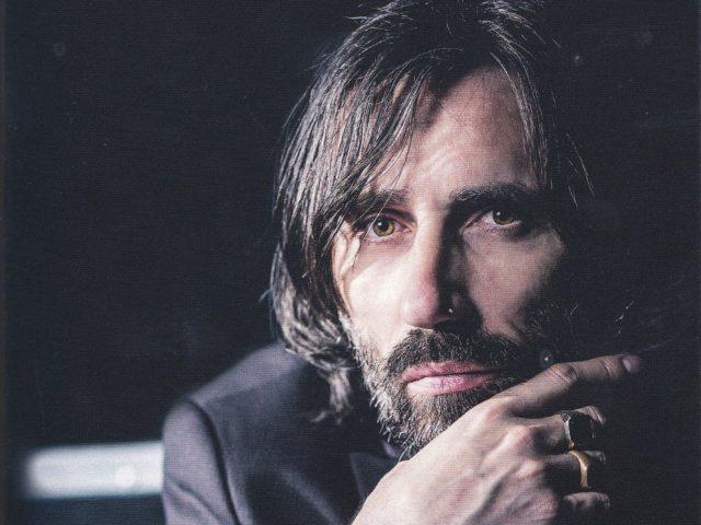"""Cristiano Godano presenta """"Nuotando nell'aria"""" con un talk e live unplugged a Roma"""