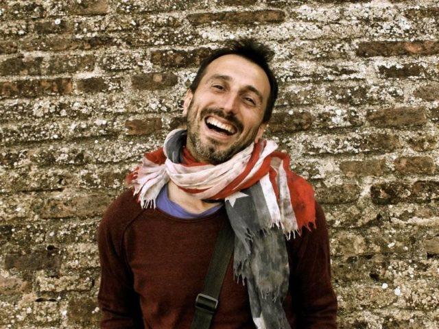 Daniele Fortunato (cantautore e maestro elementare) pubblica Mancini Maldestri