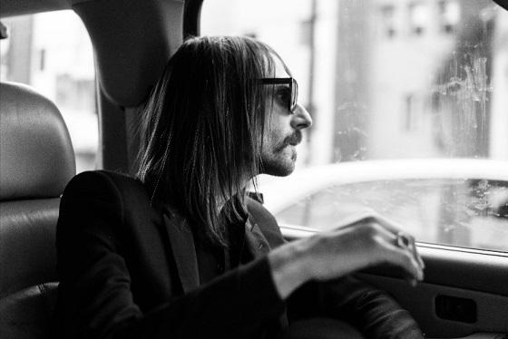 Francesco Bianconi rinvia l'uscita del primo album solista