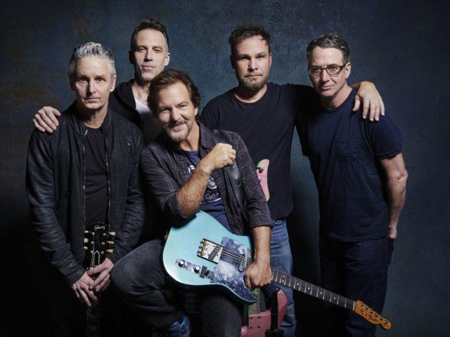 Pearl  Jam: online ora  il video ufficiale di Retrogade
