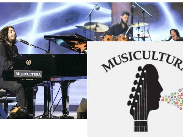 Francesco Lettieri vince Musicultura: la 30esima edizione con molti show, tra cui Angelique Kidjo e Daniele Silvestri
