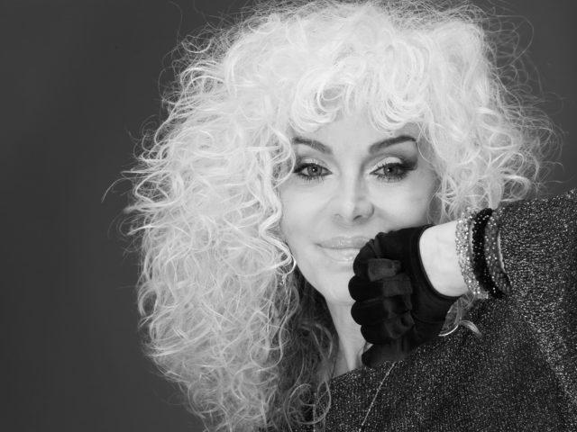 Oggi alle ore 20,30 su Rai3, ospite della quarta puntata di La Mia Passione è Donatella Rettore