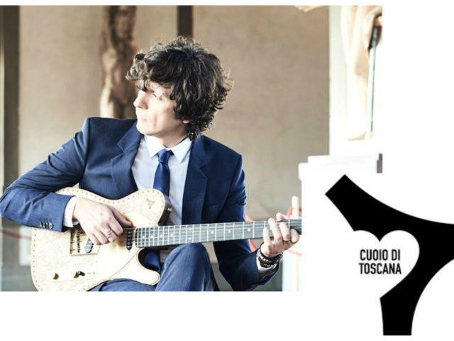 Cuoio di Toscana ed Ermal Meta per raccontare la vita nella bottega fiorentina che produce scarpe da uomo o chitarre ricavate da vecchie botti ..