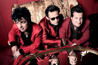 Green Day, il nuovo singolo è Father Of All…