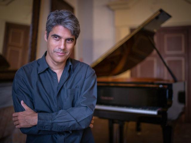 """Gustavo Gini presenta a Cagliari il suo primo album """"Nativo"""" e ispirato al tango e alla musica argentina"""