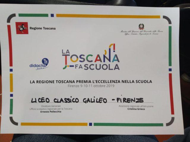 Fiera Didacta Italia (il più importante appuntamento fieristico sul mondo della scuola) stamani ha premiato gli incontri con i parolieri svolti al Liceo Classico Galileo di Firenze
