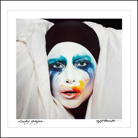 Lady Gaga anticipa gli hacker: Applause!