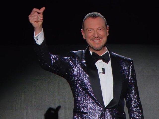 Sanremo: applausi per Amadeus. Bis nel 2021? Questa sera grande attesa per i duetti e le cover dei cantanti in gara