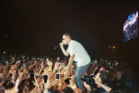 Coez a Pescara per lo Zoo Music Fest