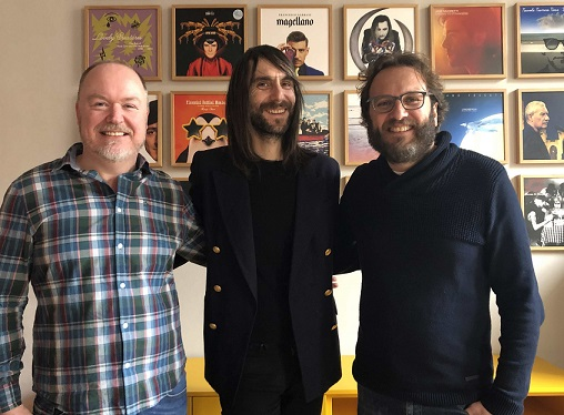 Francesco Bianconi firma per BMG