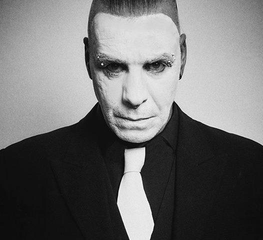 Till Lindermann (cantante degli industrial metal Rammstein) ricoverato in ospedale, ma è negativo al Covid-19