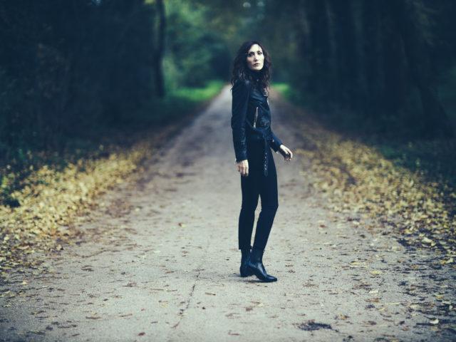 """Marina Rei, disponibile da oggi """"Dimenticarci"""", il singolo che anticipa il nuovo disco di inediti"""
