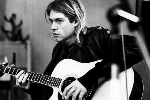 Polly – Kurt Cobain e la sua famosa ballata acustica scritta per i Nirvana