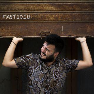 Fastidio, il nuovo brano di Ennio Salomone per Maqueta Records