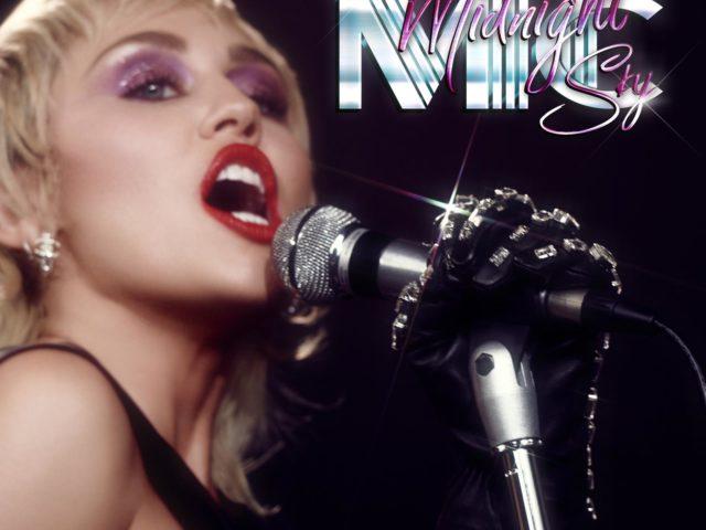 """Miley Cyrus fuori con il nuovo singolo """"Midnight Sky"""""""