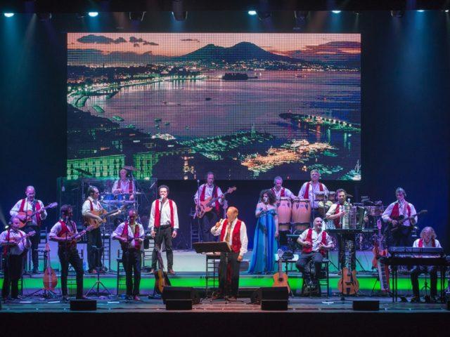 Renzo Arbore, il 2 agosto riparte in tour con l'Orchestra Italiana