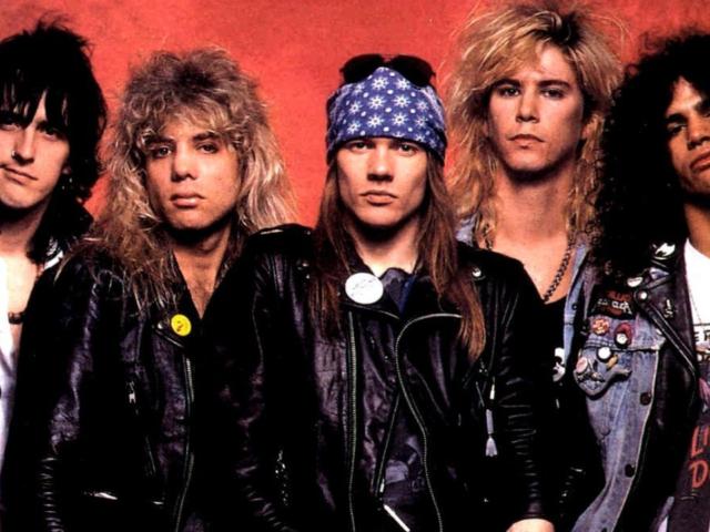 Paradise City – Riff di Slash e testo (in versione edulcorata) di Axl per i Guns N' Roses