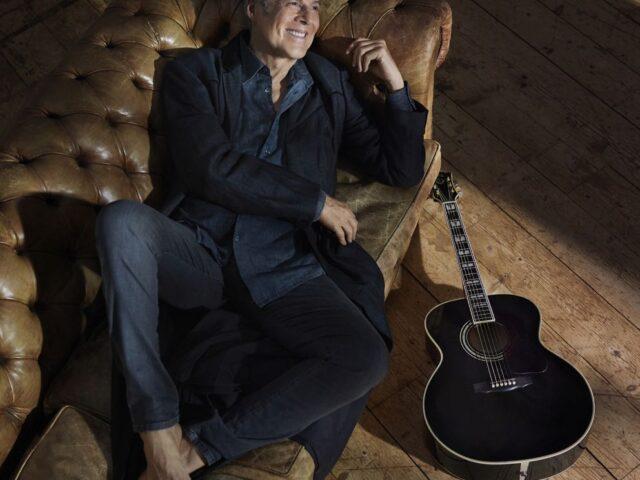 """Claudio Baglioni: da domani in radio """"Mal  d'amore"""", il nuovo singolo dall'album di inediti """"In questa storia che è la mia"""""""