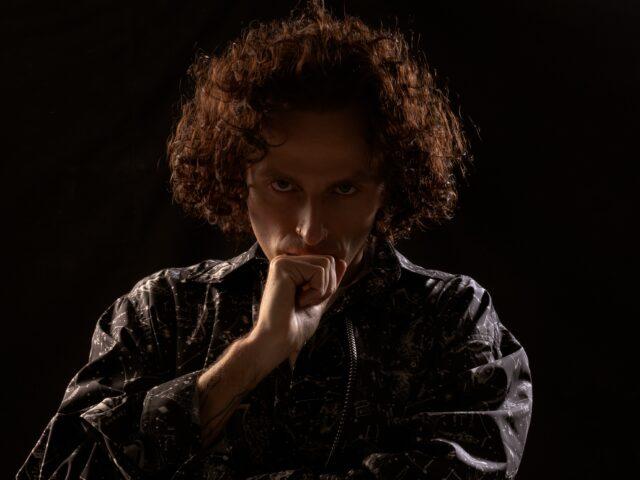 Ghemon: reagire con la musica