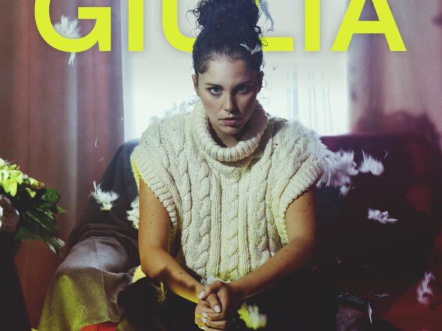 Prescindere Da Te, il nuovo singolo di Giulia Luzi. Nel videoclip Mauro Russo cura la regia..