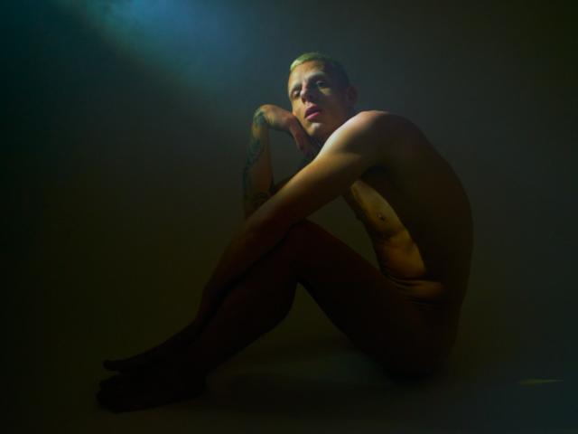 Il videoclip Pretty Face (Warner Music Italy), nuovo singolo di Boss Doms feat. Kyle Pearce