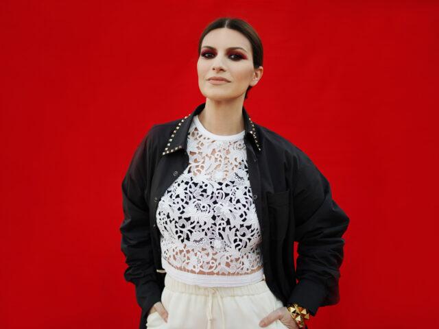 """Laura Pausini candidata agli Oscar si commuove: """"Mi sento orgogliosa di essere italiana"""""""