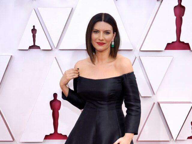 Laura Pausini agli Oscar 2021: torno in Italia felice di aver vissuto un'esperienza irripetibile