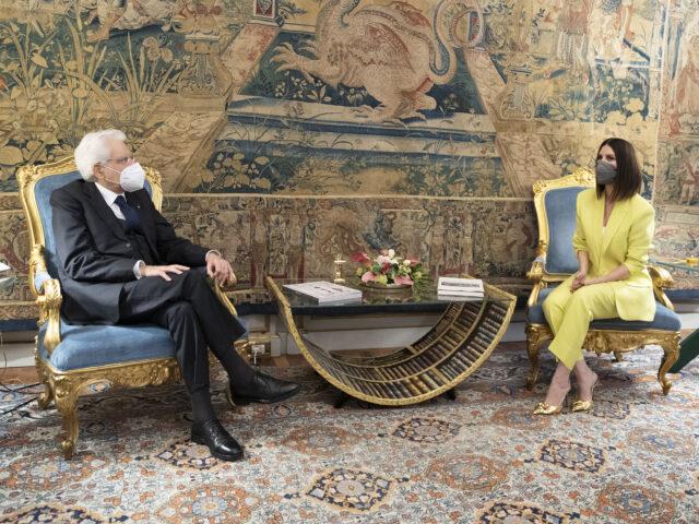 Laura Pausini ricevuta dal Presidente della Repubblica Sergio Mattarella