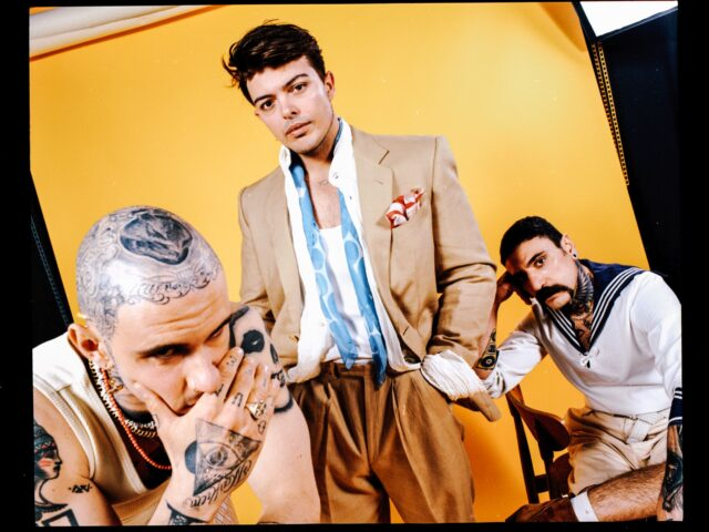 The Kolors: tuffo negli anni '80 con Cabriolet Panorama