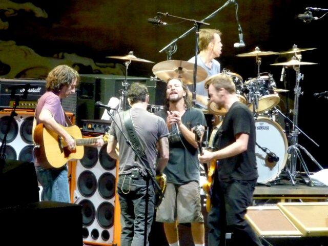 Alive – La storia del primo singolo dei Pearl Jam