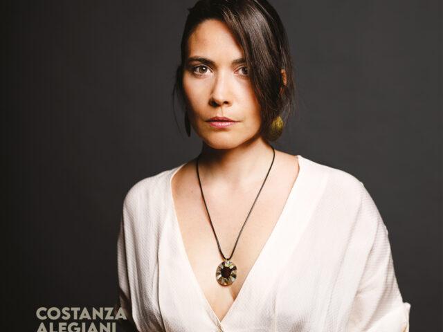 """Costanza Alegiani presenta """"Folkways"""" il 18 giugno alla Casa del Jazz con il MAT trio e Fabrizio Sferra"""