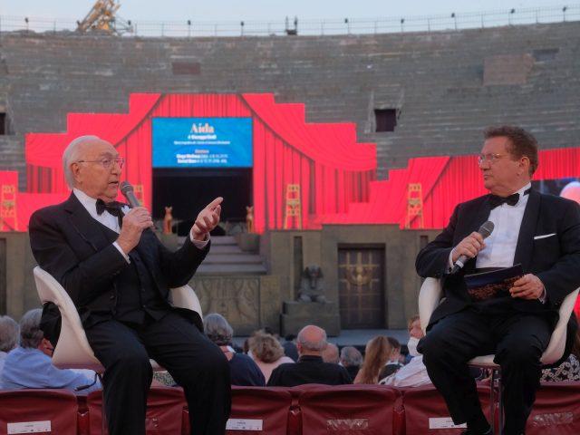La grande opera all'Arena di Verona raccontata da Pippo Baudo e Antonio di Bella