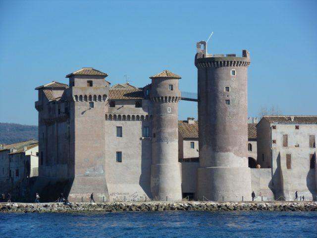 LAZIOSound Festival: Fulminacci, Neri per Caso, Roberto Gatto, Claire Audrin, Ellynora al Castello di Santa Severa dal 12 al 15 luglio