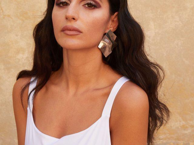 Veronica Simioli, da Made in Sud al contratto con Tempo Records
