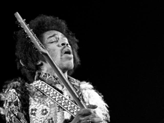 """Purple Haze – Jimi Hendrix alle prese con la """"musica del diavolo"""""""